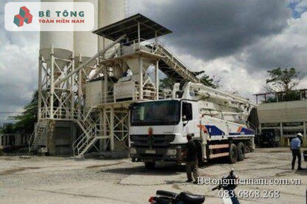 Trạm trộn bê tông tươi ở Bình Phước